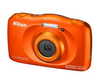 Nikon COOLPIX W150 Orange + batoh (VQA112K001)